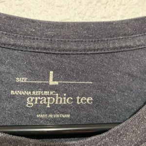 Banana Republic Shirts - Banana Republic Graphic Tee Elephant